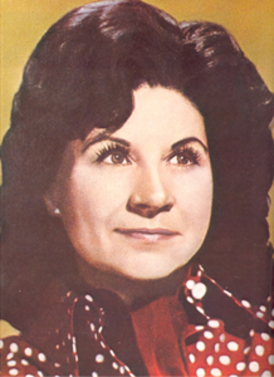Kitty Wells publicity photo