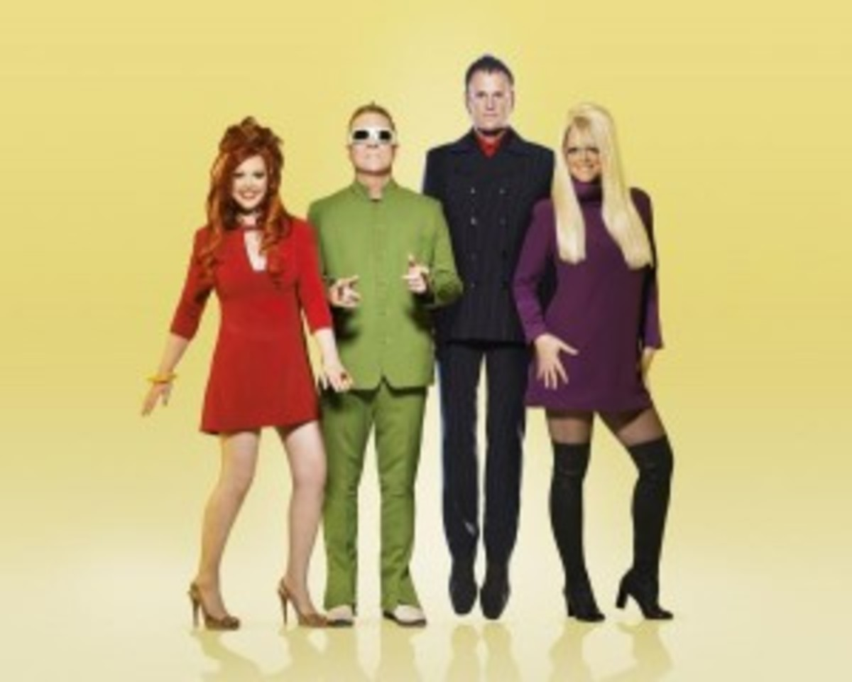 The B-52s (pictured above) and The Go-Gos performed an entertaining co-headline show at NYC's Roseland Ballroom on Wednesday, June 19th. (Photo by Joseph Cultice.)