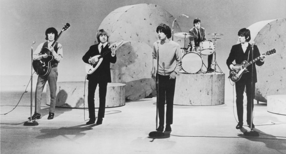 Rolling Stones perform
