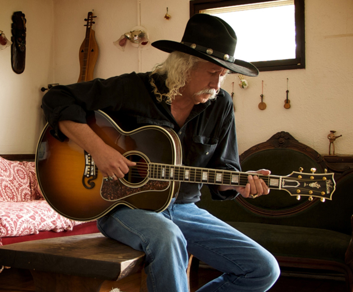 Publicity photo of Arlo Guthrie.