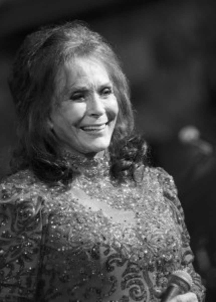 Loretta Lynn (Photo by Chris M. Junior)