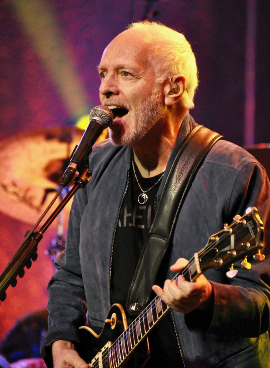 Peter Frampton on July 5, 2019 at Salle Wilfrid-Pelletier, Place des Art, Montréal - Photo by Alisa B. Cherry.