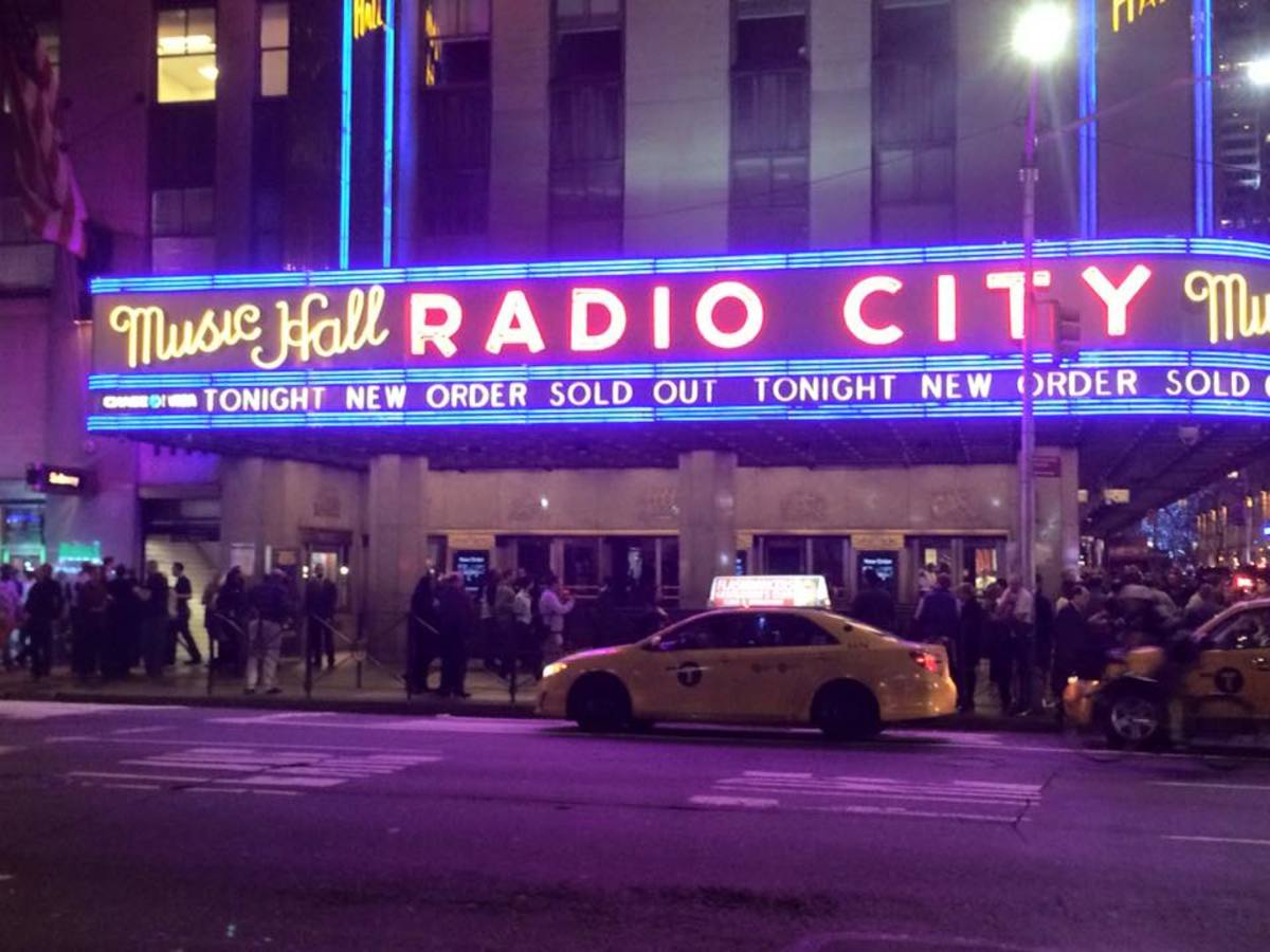 New Order's New York City stop on their current tour, at Radio City Music Hall on Thursday, March 10th, was sold out.