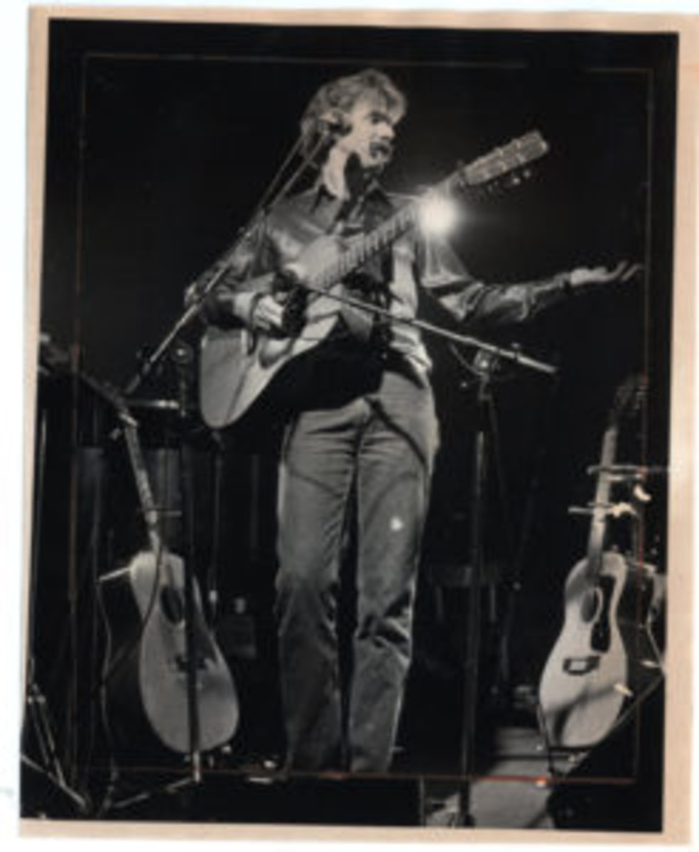 Tom Rush performing at the Paradise in Boston, circa 1979. Photo by Edward Jenner/The Boston Globe via Getty Images.