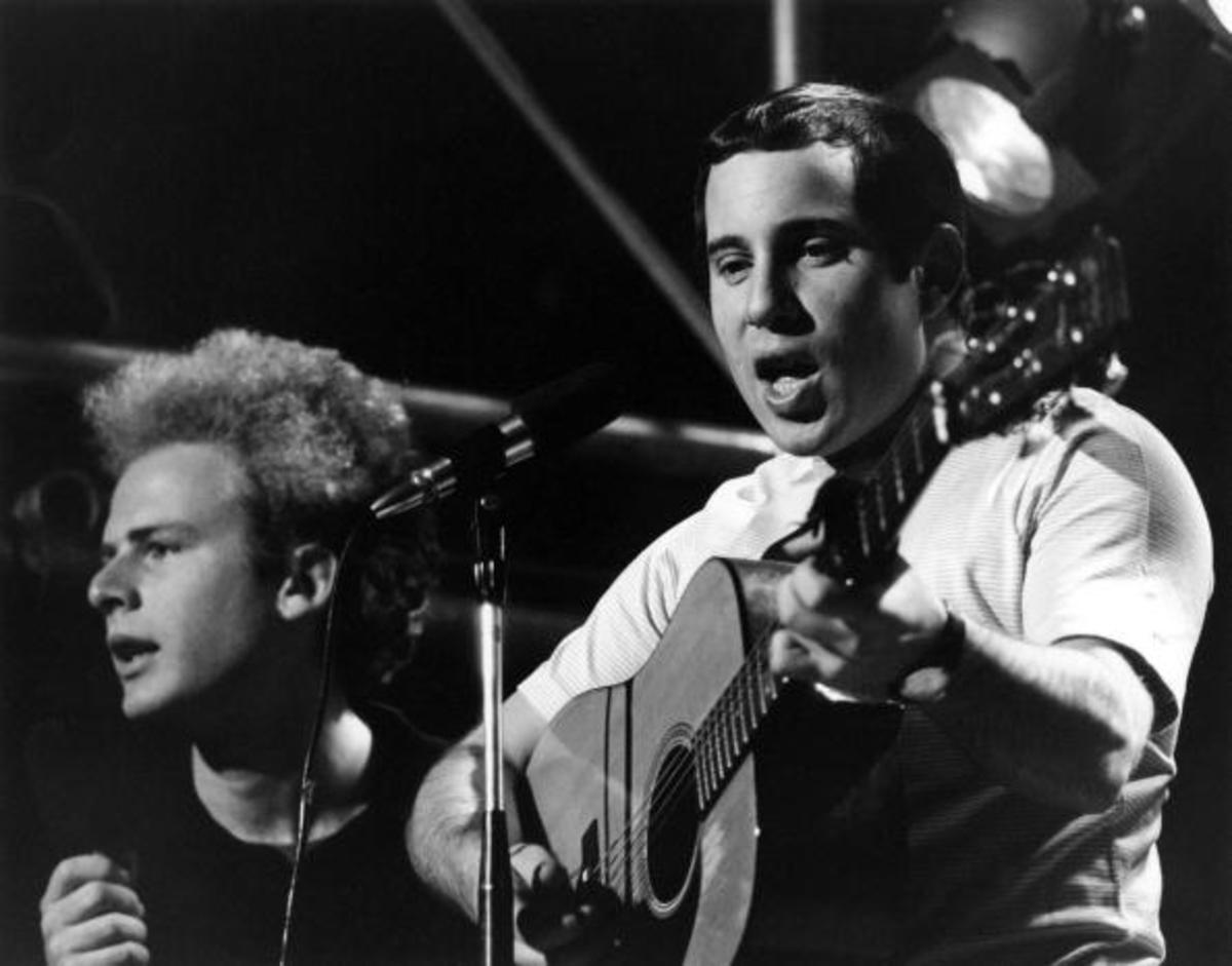 Art Garfunkel and Paul Simon performing at Wembley Studios (Photo by Ivan Keeman/Redferns)