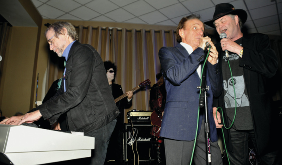 A Good Times rehearsal: Songwriter Bobby Hart singing between Peter Tork and Micky Dolenz at Chiller Theatre Expo in Parsippany, N.J., on April 23, 2016. (Photo by Frank White)