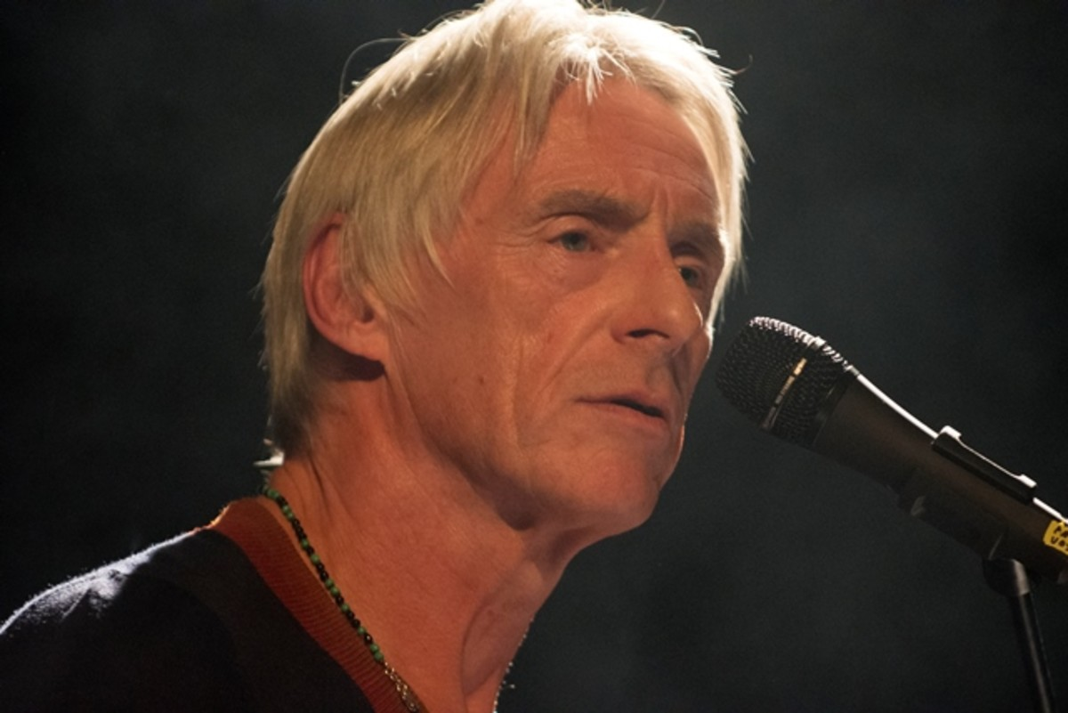 Paul Weller is shown performing at his show in New York City on Monday, October 2nd. (Photo by Chris M. Junior)
