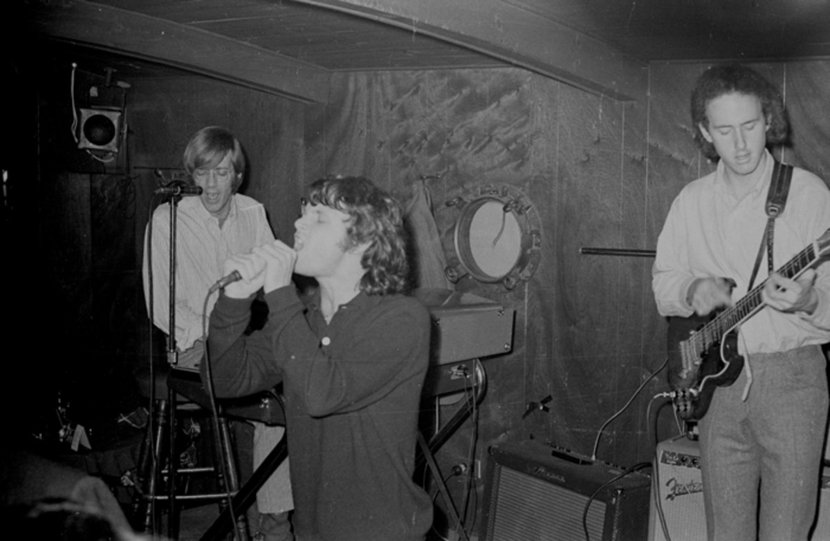 Early GIG: The Doors performing onstage at the Ondine nightclub in New York City, November 1966. Don Paulsen/Michael Ochs Archives/Getty Images