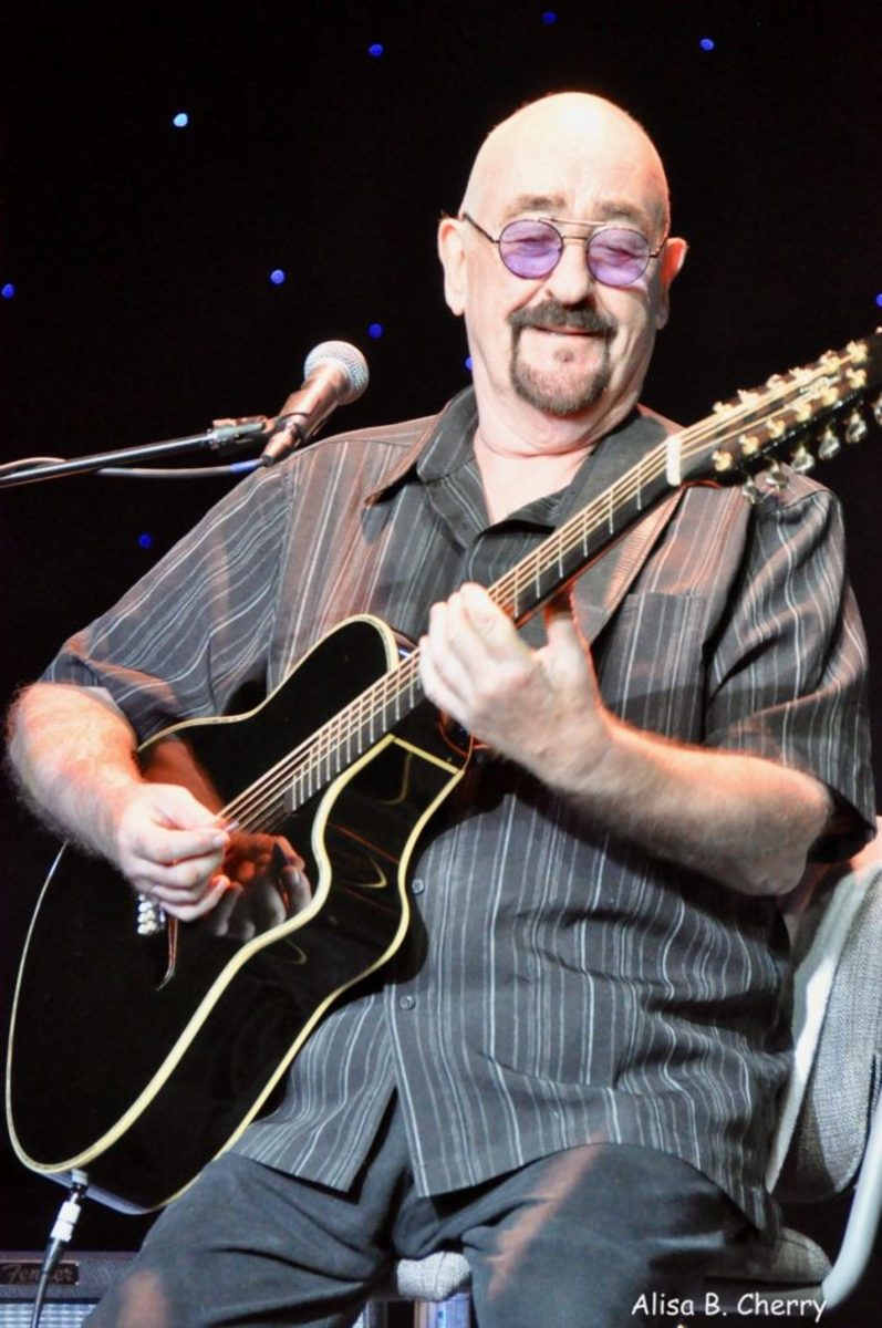 Dave Mason in Studio B of Mariner of The Seas during On The Blue Cruise, February 10, 2019.