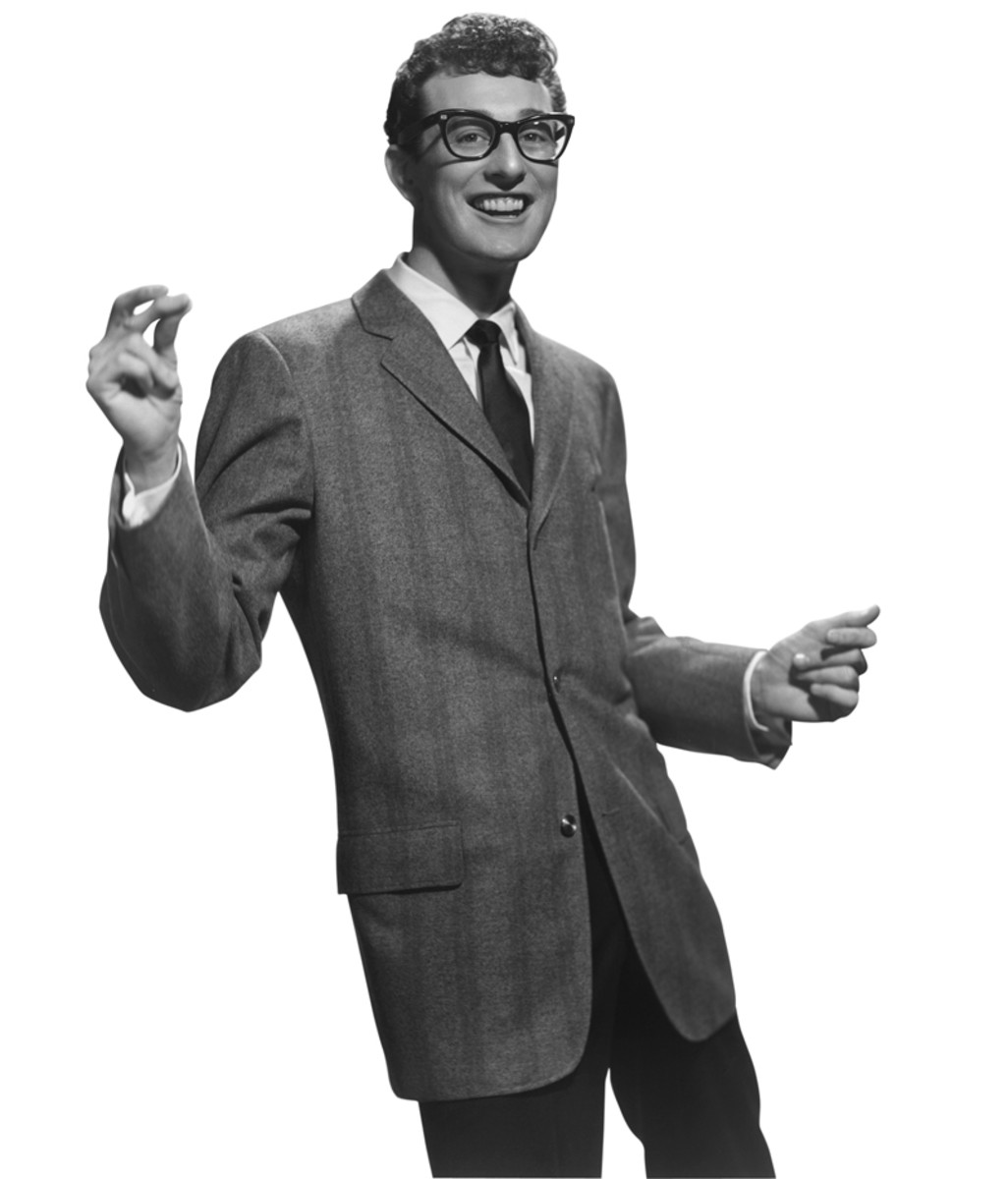 Rock'n'roll star Buddy Holly (1936 - 1959) snapping his fingers, circa 1955 (Photo by Hulton Archive/Getty Images).