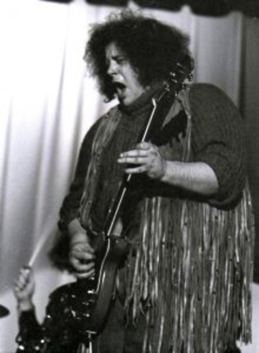 Leslie West performing with Mountain on December 14, 1969, at Bloomfied College in New Jersey.