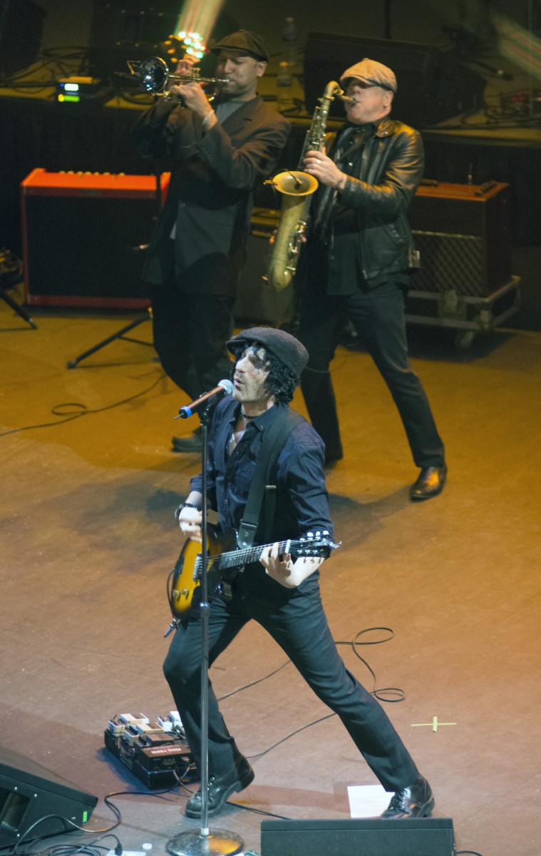 Singer-guitarist Jesse Malin. (Photo by Chris M. Junior)