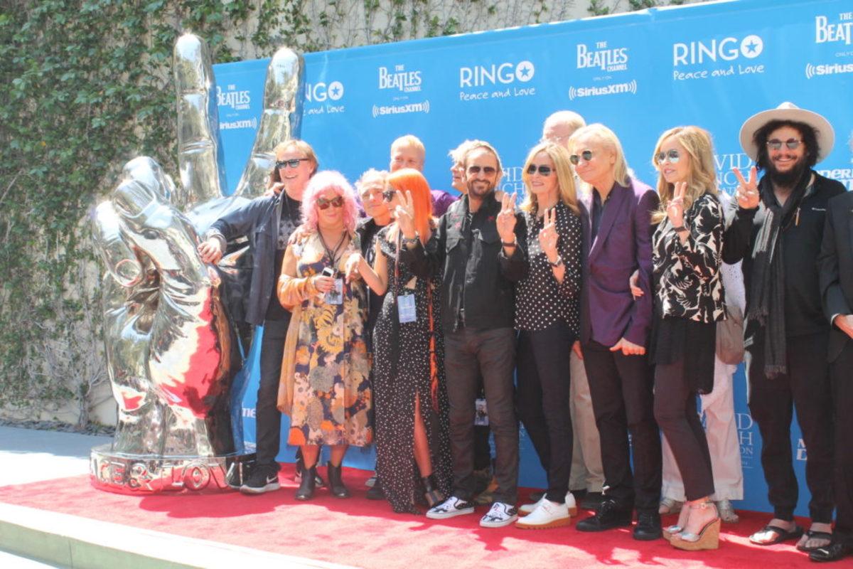 Ringo and some of his entourage on the red carpet
