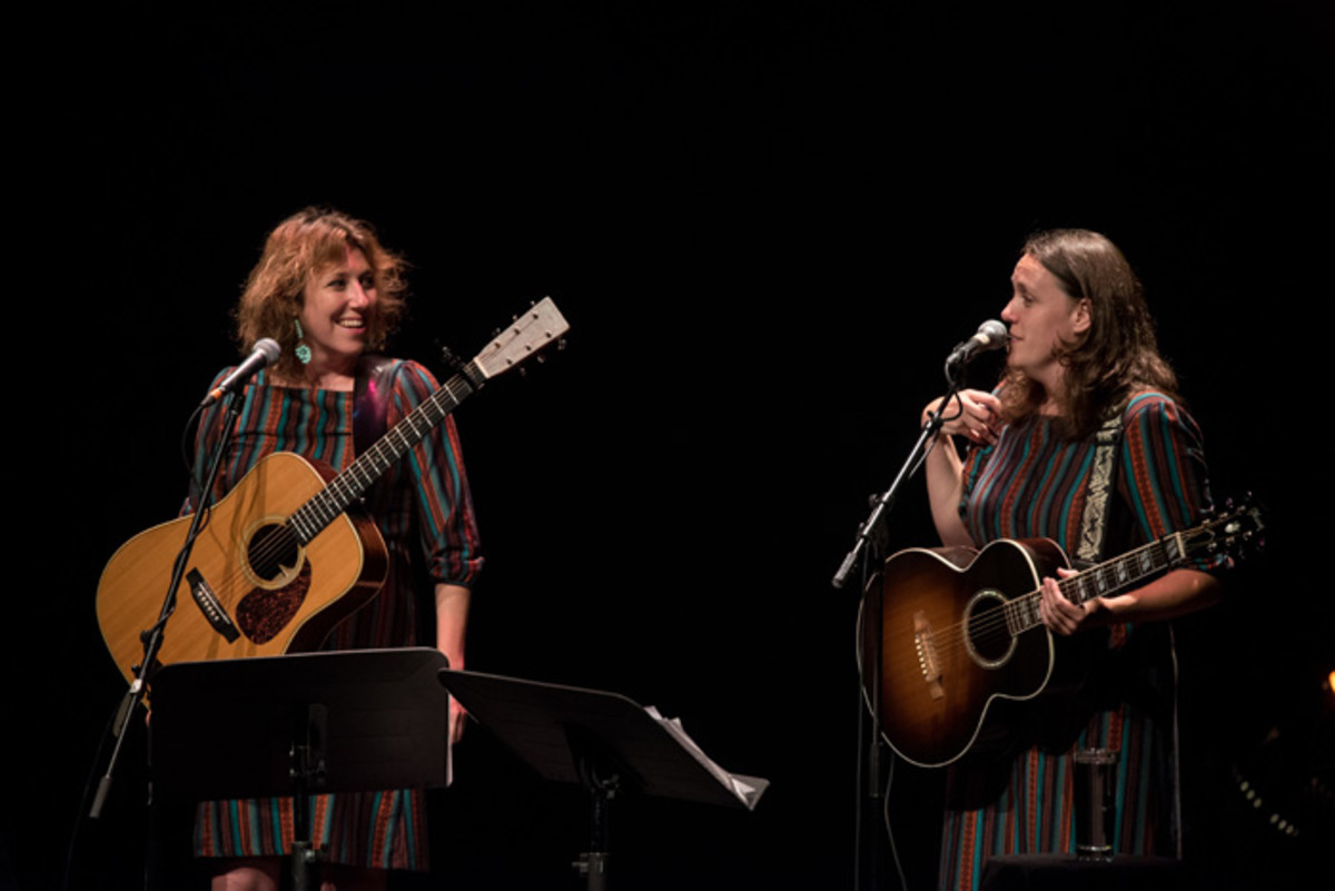 Wainwright Sisters performing. Photo by Benoit Rousseau.