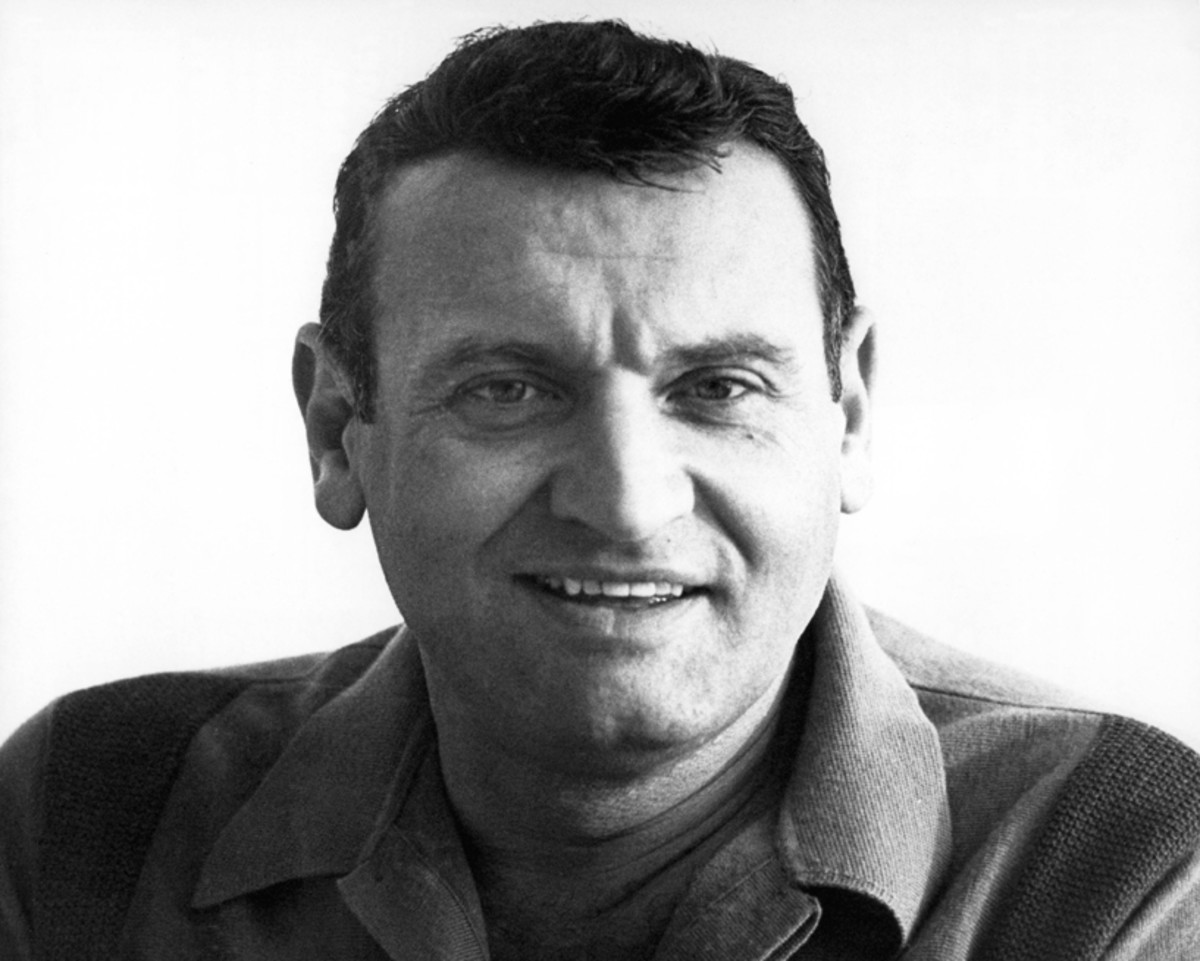 UNSPECIFIED - JANUARY 01: (AUSTRALIA OUT) Photo of Frankie LAINE (Photo by GAB Archive/Redferns)