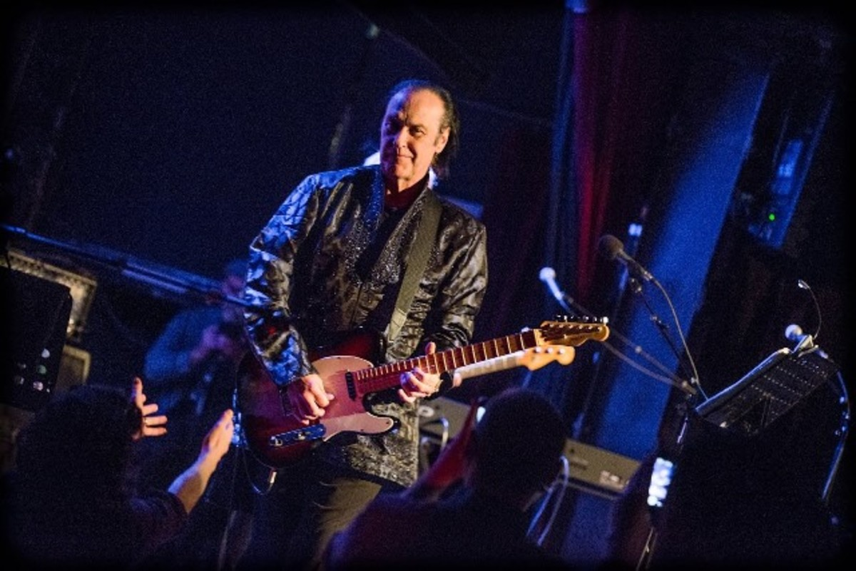 Dave Davies' fantastic show on Saturday, April 7th in Montclair, New Jersey was part of the town's Outpost in the Burbs concert series. (Photo by Paul Undersinger)