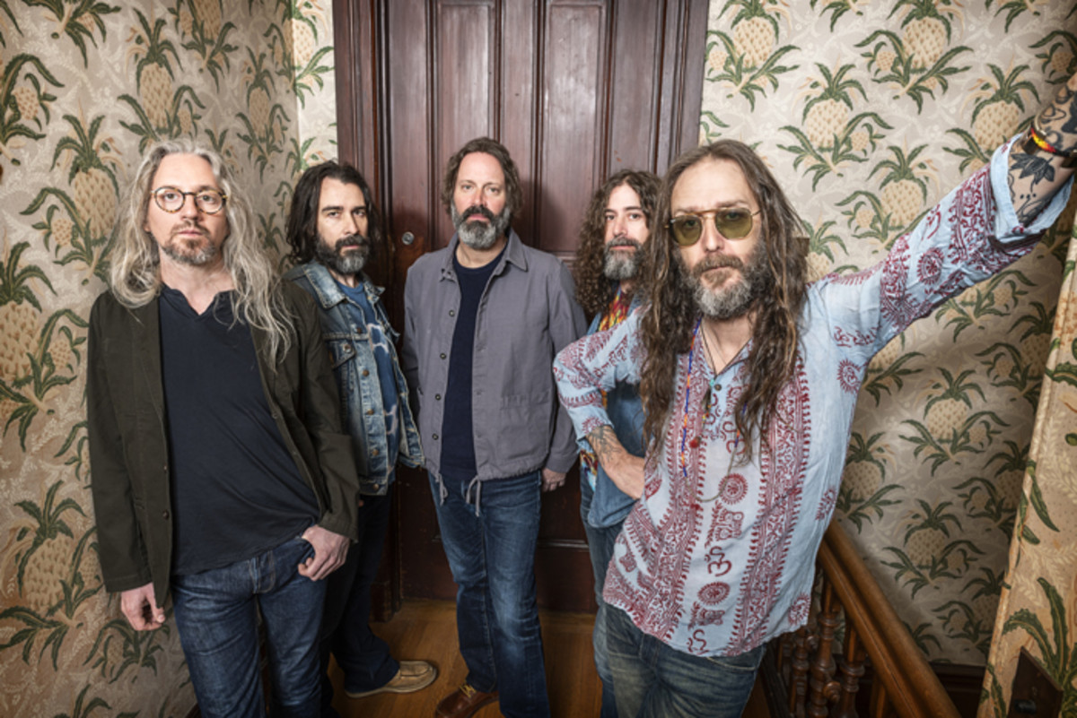 The Chris Robinson Brotherhood. Publicity photo ©Jay Blakesberg