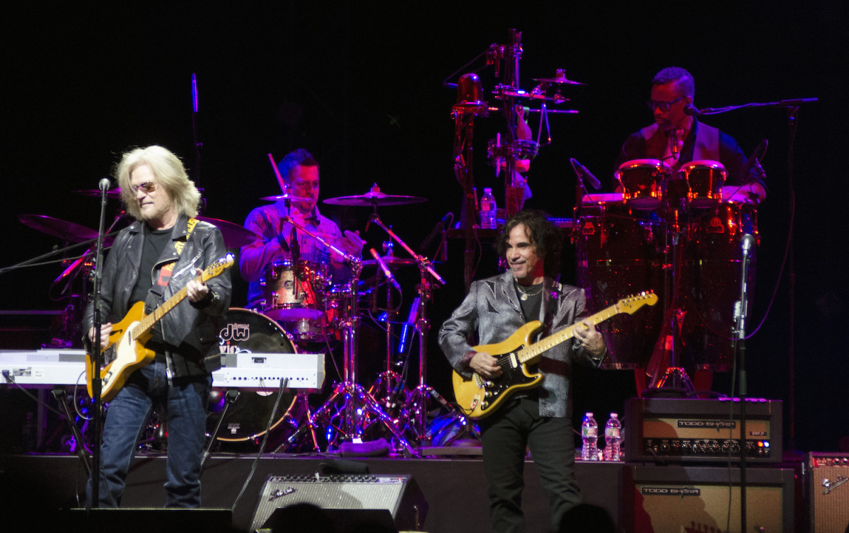 Singer-guitarists Daryl Hall (left) and John Oates in action Feb. 19 at Madison Square Garden in New York. (Photo by Chris M. Junior)