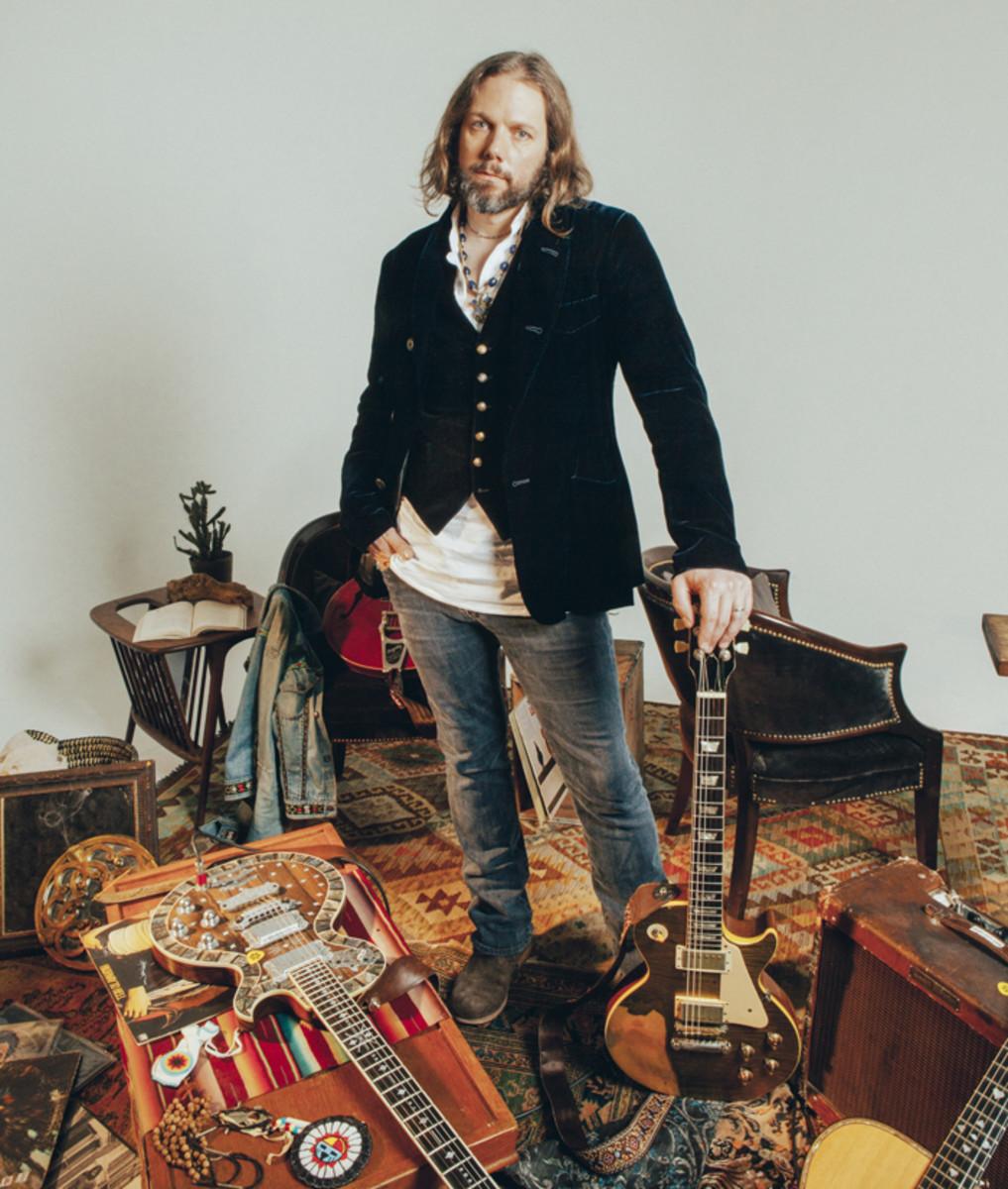 Guitarist Rich Robinson (Photo credit Alysse Gafkjen)