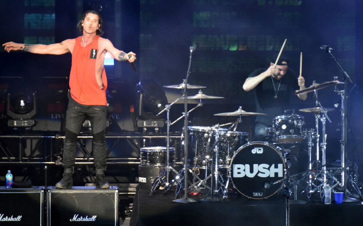 Bush singer Gavin Rossdale and drummer Robin Goodridge during their June 15 show in Holmdel, N.J. (Photo by Chris M. Junior)