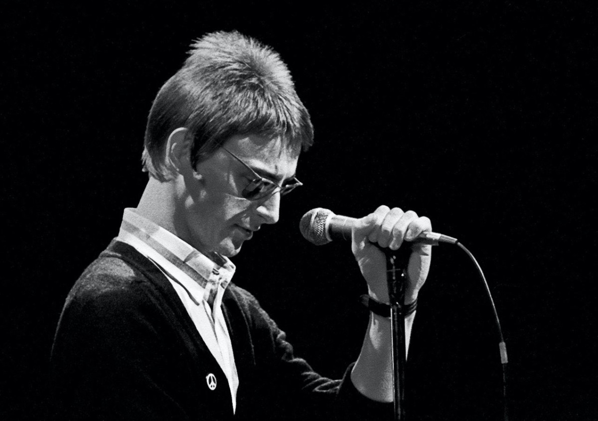 Paul Weller is pictured here in his days with The Style Council. (Photo courtesy of ©Derek D'Souza at www.derekdsouzaphotography.com)
