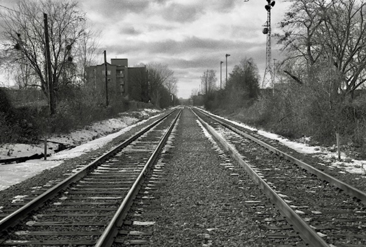 Montreal Tracks Alone