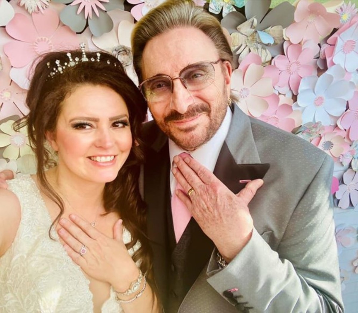 2020 wedding photo, courtesy of Ami Albea Negron