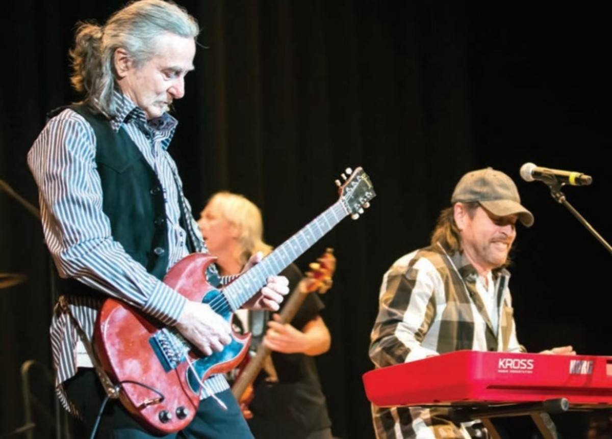 Barry Goudreau, Tim Archibald and Brian Maes on stage, 2017