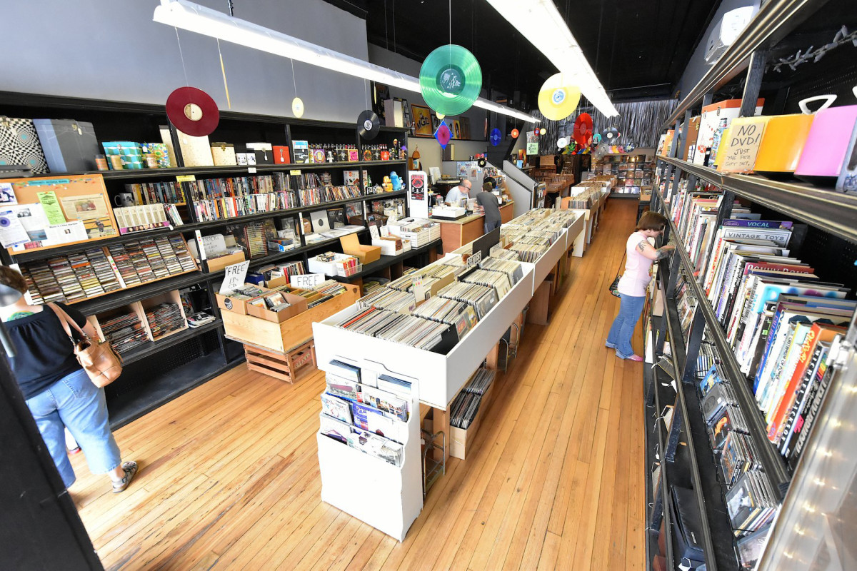 Blue Jay Way Records in Princeton, IL