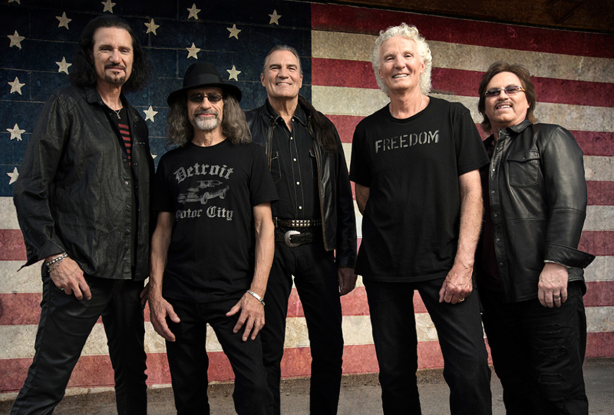 Grand Funk Railroad 2020: Bruce Kulick, Mel Schacher, Max Carl, Don Brewer and Tim Cashion.