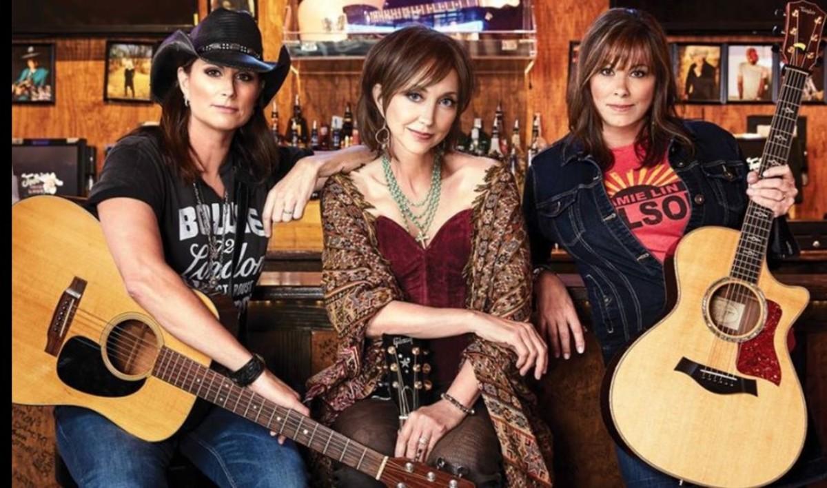 Chicks with Hits: Terry Clark, Pam Tillis and Suzy Bogguss, courtesy of pamtillis.com