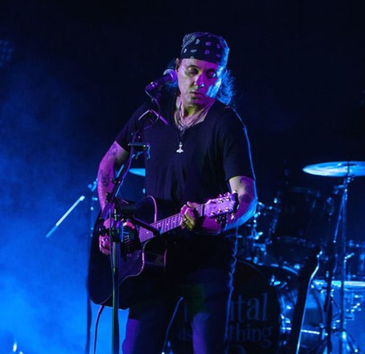 Live in Melbourne, Australia, photo by Ros O'Gorman, courtesy of joematera.com
